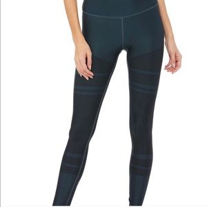 Alo Yoga high waist tech airbrush legging